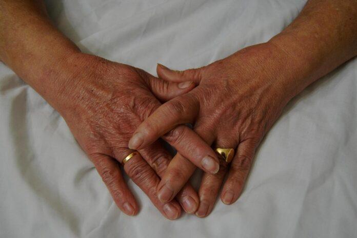 Πως τα χέρια σας αλλάζουν ανάλογα με την ηλικία σας