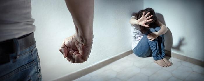 Ενδοοικογενειακή βία με βάση το φύλο
