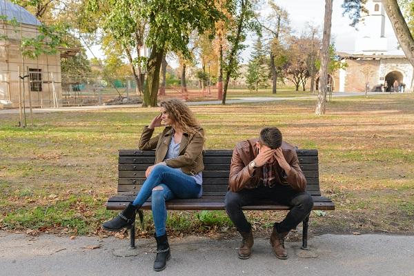 Πως να αντιμετωπίσετε ένα χωρισμό ή ένα διαζύγιο